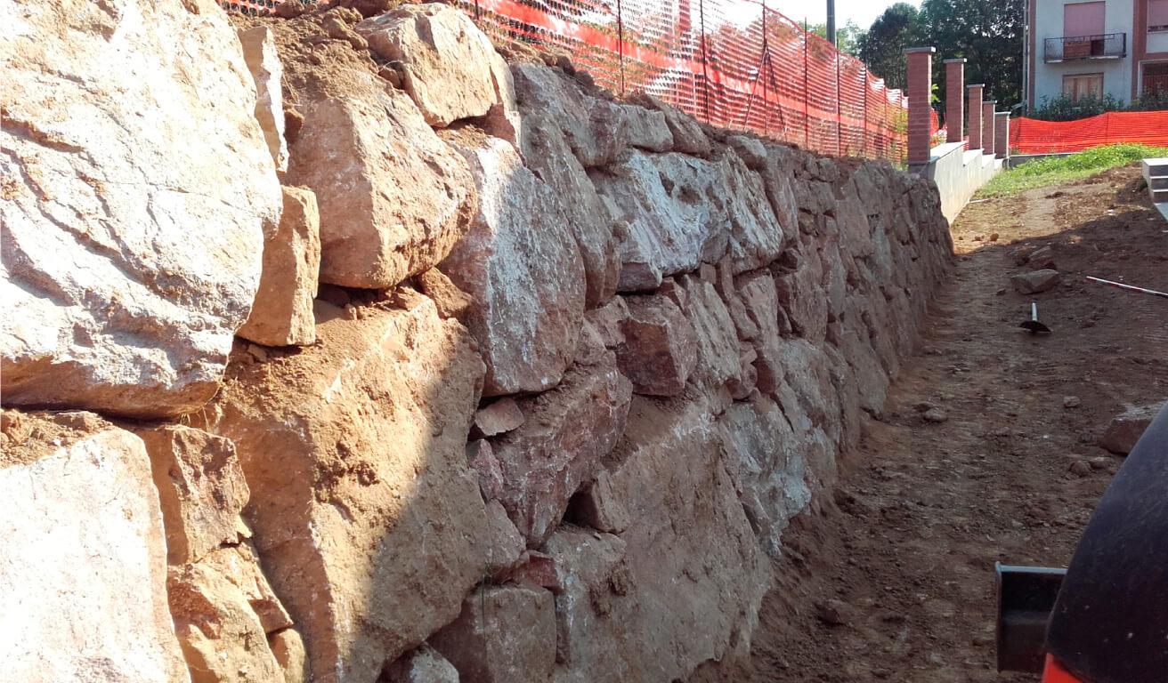 muri in pietra biella