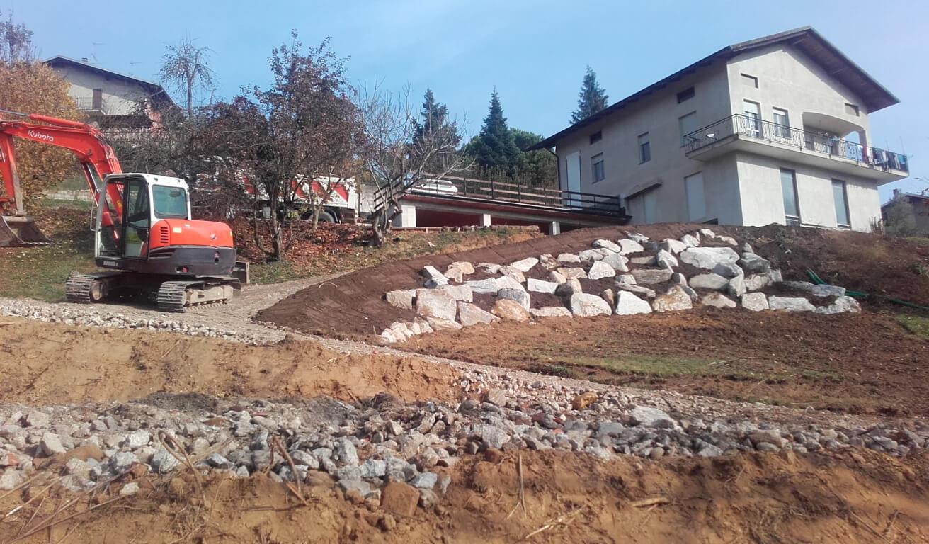 muro pietra vercelli